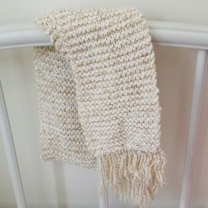 Beautiful Neutral color knit Scarf
